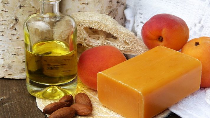 almond oil for thick hair