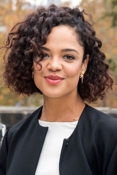 Tessa Thompson's Chin Length Curly Hair
