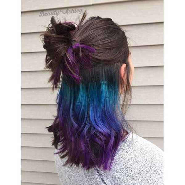 Change your Hairstyle with Streaks of Colour