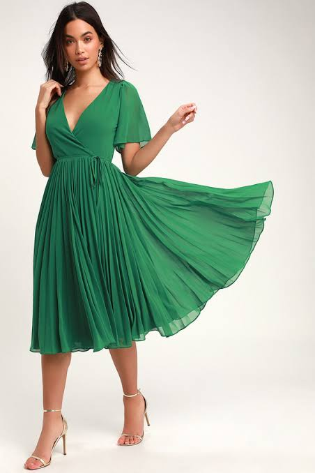 pleated dress to hide belly bulge