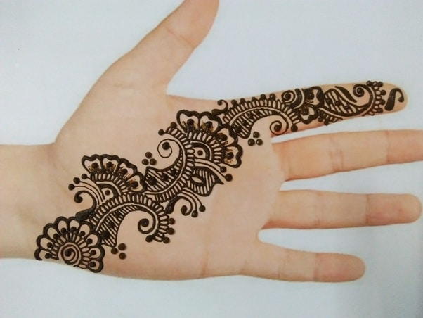 The copy-paste mehandi designs