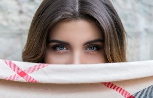 woman-eyes-hazel