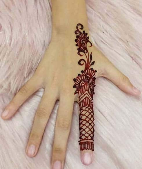 finger-glove-mehandi-design-latest-trends