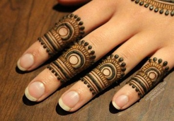 mehndi design for fingers