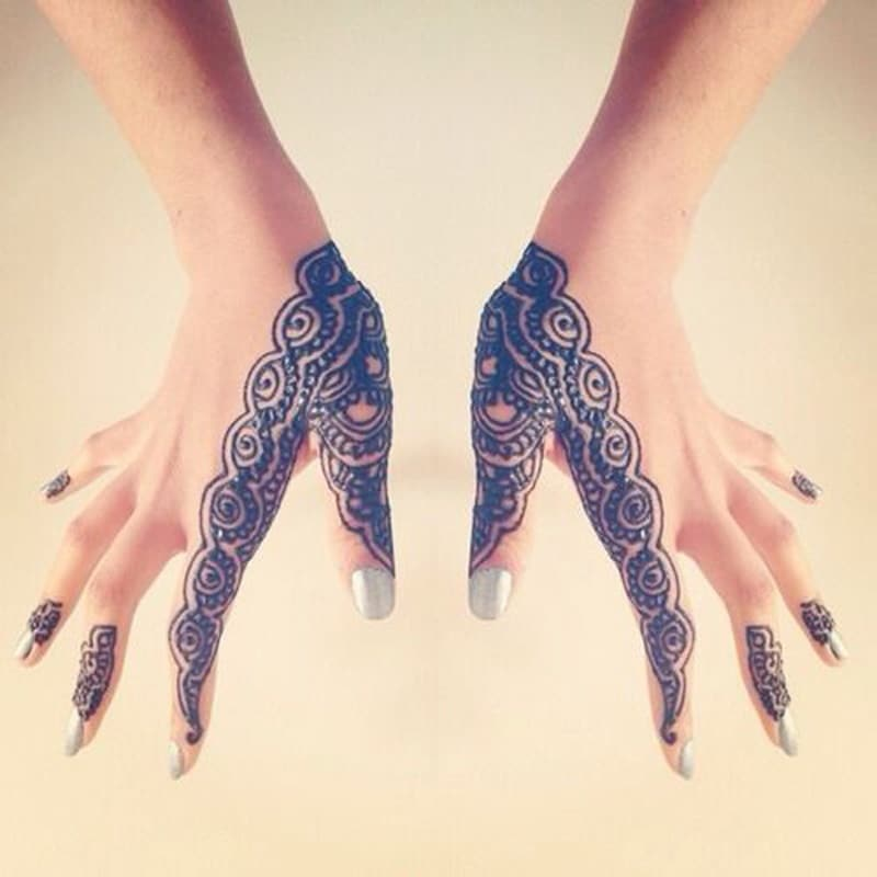modern bride mehndi design for beginners