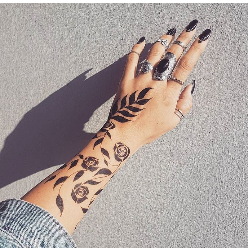 teen mehndi design for beginners 2