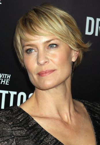 Robin Wright's Side-Swept Layers
